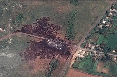 Missão tem como objetivo ajudar no recolhimento de destroços e na realização de uma investigação no local da catástrofe