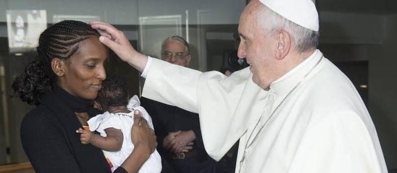 Mariam Ibrahim foi recebida pelo papa Francisco em um encontro privado no Vaticano