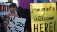 Governo dos Estados Unidos limita deportações de imigrantes
