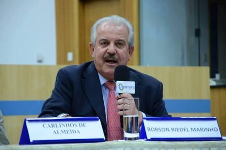 Robson Marinho é acusado de enriquecimento ilícito pelo MPE