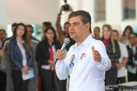 Positivo para coronavírus, senador Nelsinho Trad está na UTI