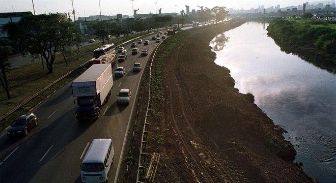 Perseguição se extendeu por oito quilômetros na Marginal Tietê