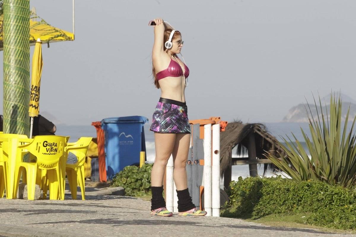Amanda Gontijo Pelada sete quilos mais gordinha após posar nua, ex-bbb amanda