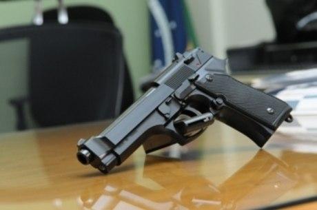 A pistola é a arma mais comum da Polícia Militar
