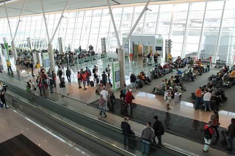 Brasileiros que fazem viagens internacionais estão na mira do Fisco