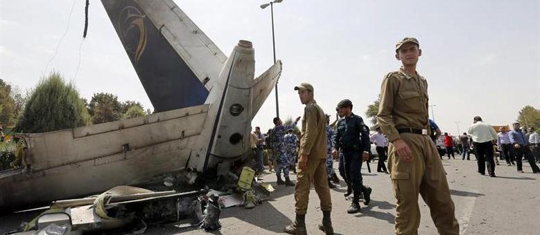 Aaeronave pertencia à companhia aérea local iraniana Taban Airlines e voava desde Teerã à cidade de Tabas