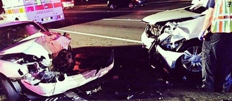 The Rock mostrou o estrago feito pelo motorista bêbado, mas agradeceu pela família estar bem