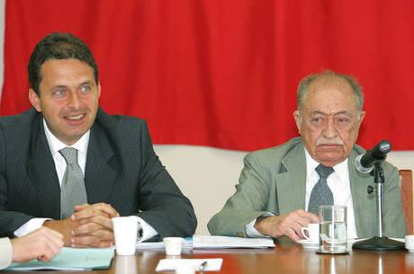 Campos entrou na carreira política pela mão do avô, Miguel Arraes