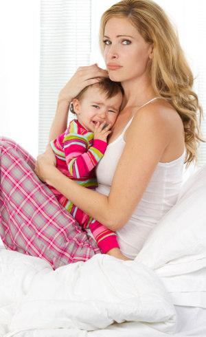 O refluxo causa irritabilidade nos bebês, entre outros sintomas