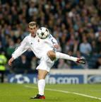<b>Zidane <br></b>789 jogos <br>159 gols