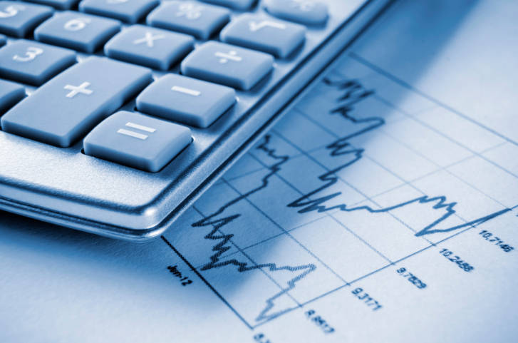 Brasil terá balança comercial positiva por queda de importações, preveem analistas