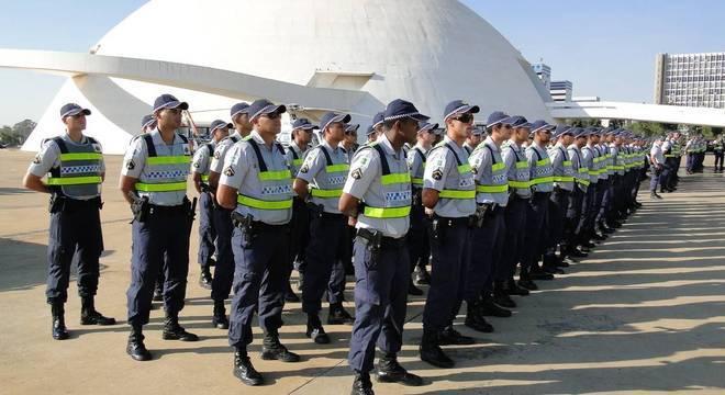 Os reajustes dos policiais do DF têm custo de R$ 505 milhões por ano