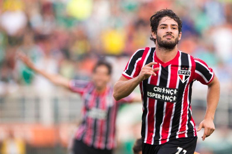 São Paulo pretende contratar definitivamente Alexandre Pato em 2015