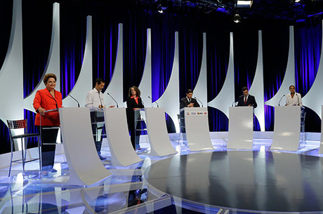 No segundo turno, Dilma tem 41% e Marina, 42%, diz Vox Populi