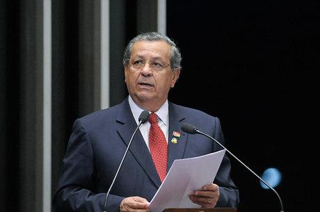 Campos quer que Alcolumbre reative o Conselho de Ética