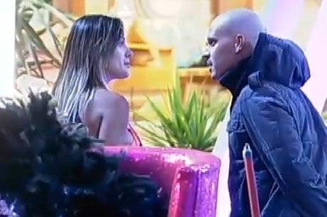 Andressa Urach e Mateus Verdelho brigaram na Fazenda 6
