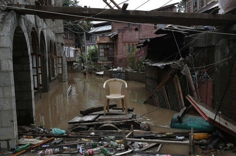 Enchentes atingiram os Estados de Karnataka, Kerala e Maharashtra