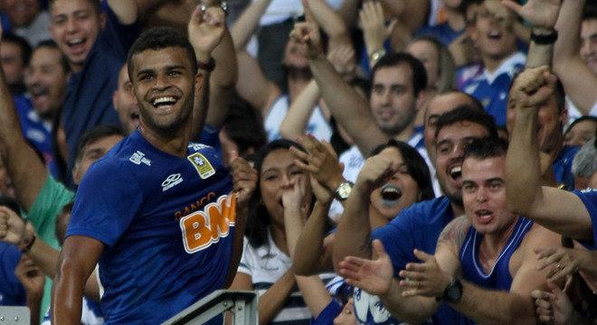 Alisson deixa o Cruzeiro para atuar pelo campeão da Copa Libertadores