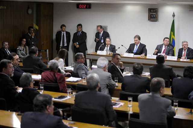 Oposição quer Lula, José Dirceu e Gilberto Carvalho na CPMI da Petrobras