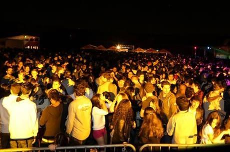 Evento realizado no velódromo do campus Butantã contou com 5 mil pessoas e shows de Marcelo D2 e da banda CPM 22