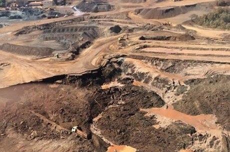Rompimento da barragem matou três operários e deixou cinco feridos