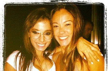 Anitta e Kamilla Fialho travam briga na Justiça