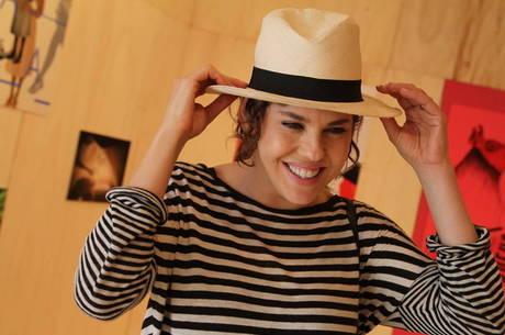 Bárbara Paz fala sobre boato de vídeo íntimo na internet