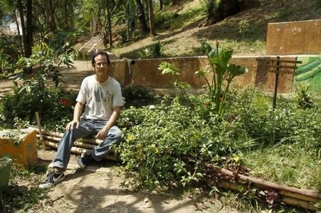 Adriano Oliveira Sampaio criou a página Existe Água em SP