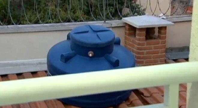 Sabesp está distribuindo caixas d'água para bairros da capital