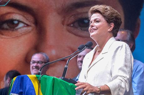 Dilma obteve 54,5 milhões de votos e foi reeleita presidente