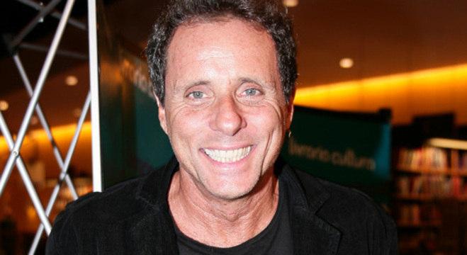 Tony Belloto: músico e escritor sofre com cancelamento de shows