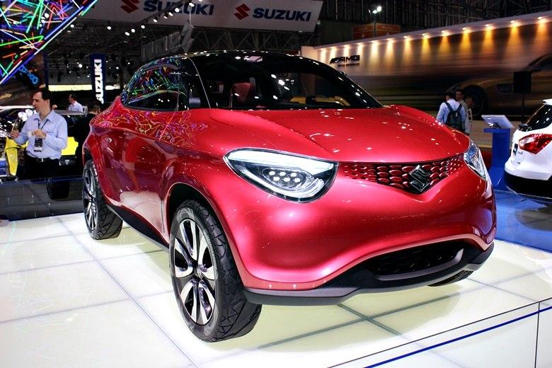 Suzuki mostra novo utilitário S-Cross e conceito Crosshiker