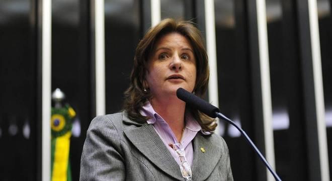 Carmem Zanotto é relatora da comissão externa de combate à pandemia