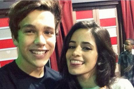 Camila Cabello confirma namoro com Austin Mahone