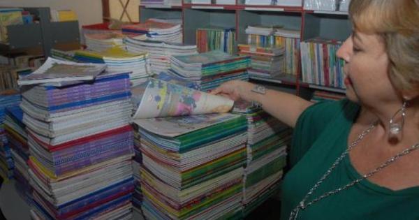 MEC cria comissão para analisar livros didáticos a serem descartados