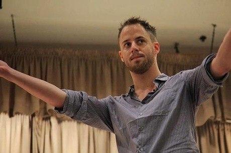 Julien Blanc dá cursos de 'sedução' que custam até US$ 3 mil
