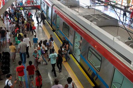 Obras da Linha 1 do Metrô de Salvador, no trecho que liga as estações Pirajá e Águas Claras/Cajazeiras, com extensão de 5,5 quilômetros