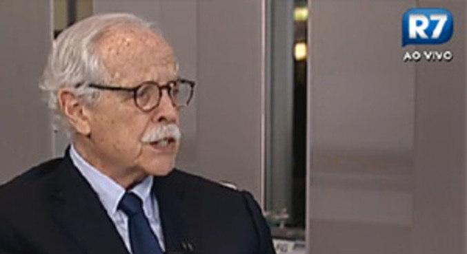 O jurista Modesto Carvalhosa alega que foi vítima de calúnia e difamação