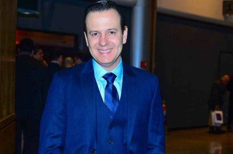 """Celso Zucatelli estará com Roberta Piza e Salcy Lima no """"Fala Brasil"""""""