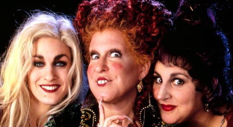 Sarah Jessica Parker, Bette Midler e Kathy Najimy retornam como as bruxas do Salem