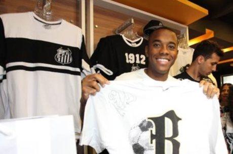 9d68ff036 Loja do Santos sorteia camisa autografada por Robinho - Esportes ...