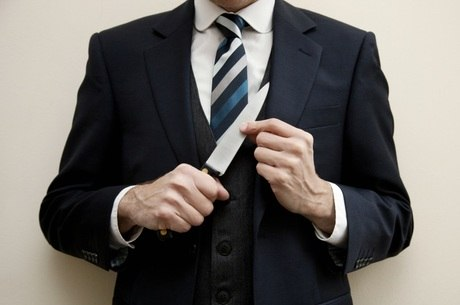 Psiquiatra defende postura profissional no ambiente de trabalho para se proteger dos psicopatas