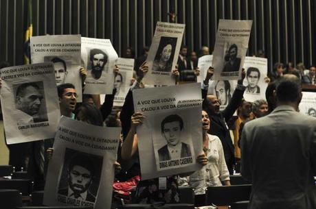 Entre as 434 vítimas da ditadura militar, 210 são desaparecidas