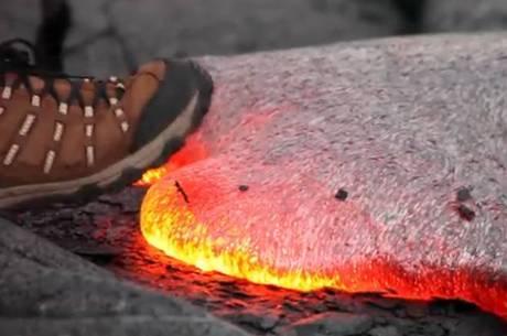 Veja o que acontece quando se pisa em lava not cias r7 for Temperatura lava