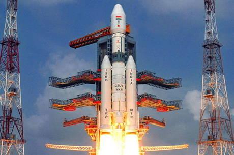 Emissoras locais exibiram o lançamento do foguete rumo ao espaço