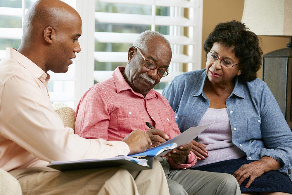 Ministro diz que nova fórmula de aposentadoria vai deixar Previdência 'insustentável'