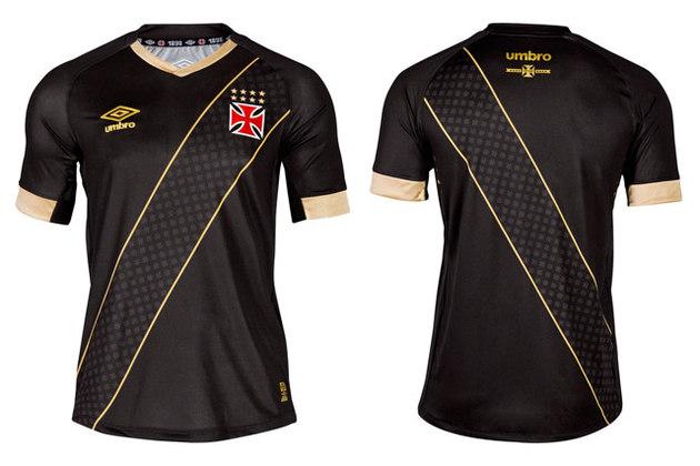 2015-2016 - A Umbro se inspirou na dica dos torcedores e apostou na tradição. A camisa será preta com detalhes dourado, simbolizando as conquistas do Cruz-maltino. Mas a grande novidade foi o escudo da peça, em 3D, montada em camadas.
