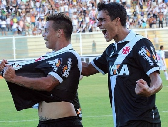 2015 - Bernardo (Cabofriense 0x2 Vasco - Carioca).