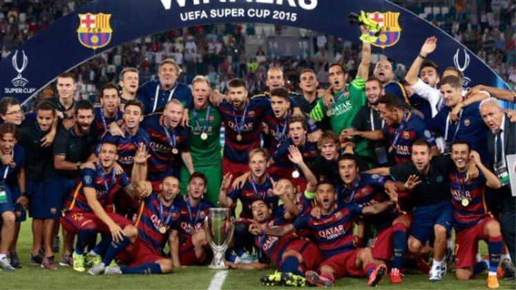 2015 - Na final mais empolgante da história o Barcelona superou o Sevilla por 5 a 4.