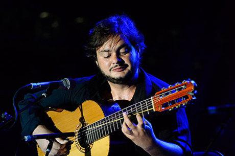 Yamandu Costa: mago do violão